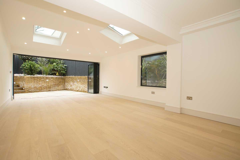 SolidWoodFloorCo_E155-White-Lacquered-Oak-Floor