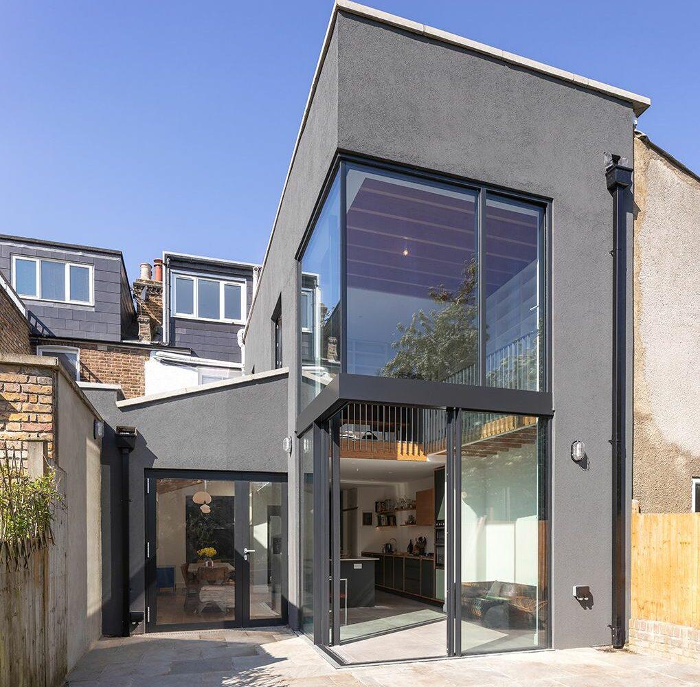 Consort Road- Cooke Fawcett-timberworks-Glazed-corner-to-garden-room_Credit-Peter-Landers