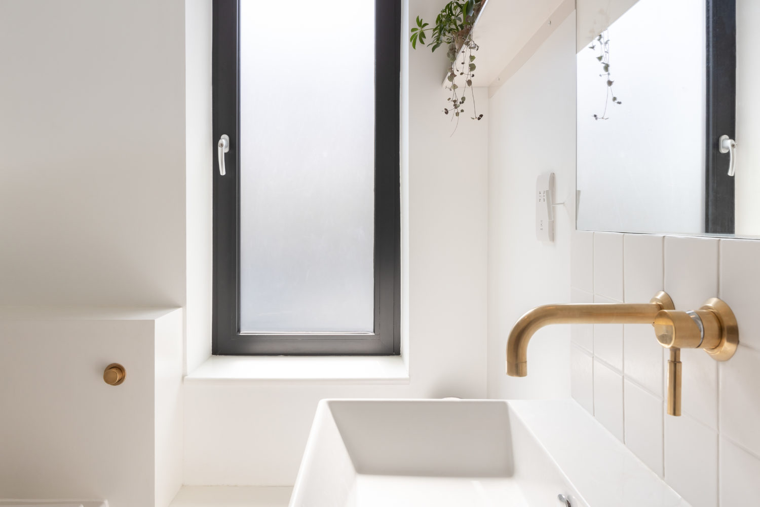 Consort Road- Cooke Fawcett-timberworks-New-bathroom-detail_Credit-Peter-Landers