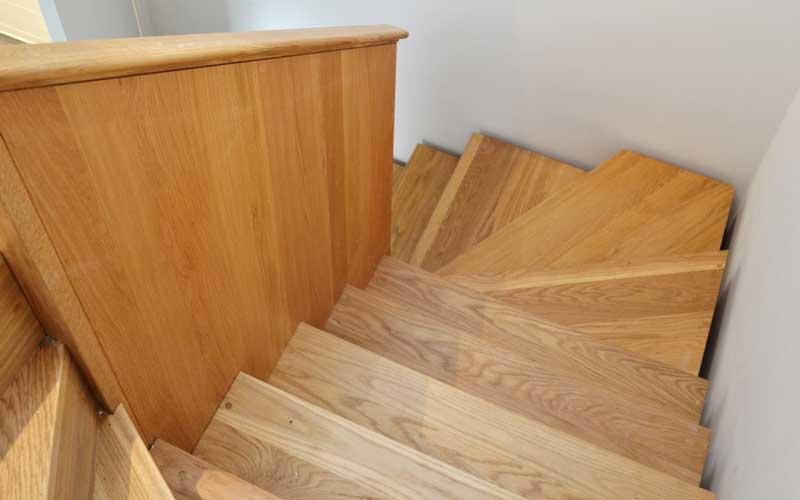 Timber-staircase-Falkus Joinery-baldwin terrace