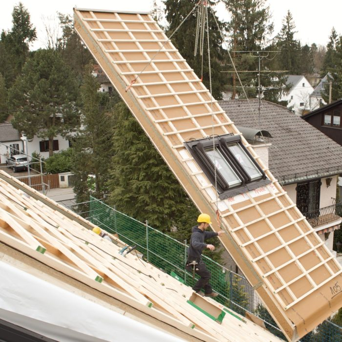 Steico_Insulation_lifted_into_place (1)